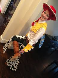 jessie and woody halloween costumes omglitzy tutorial jessie from toy story cosplay