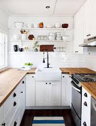 cuisine blanche et bois cuisine blanche plan de travail bois inspirations d co en newsindo co