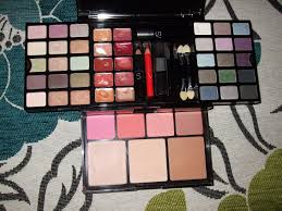 perfect colour ultimate makeup kit mugeek vidalondon