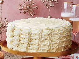 Southern Comfort Eggnog Vanilla Spice Eggnog Spice Cake With Bourbon Custard Filling And Eggnog