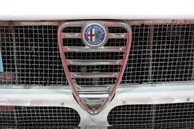 alfa romeo emblem file oldtimer show 2008 016 alfa romeo gtv 1966 emblem jpg