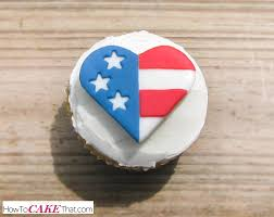 How To Decorate Heart Shaped Cake Heart Shaped American Flag Cupcake Topper Tutorial How To Cake That