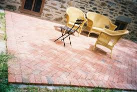 How To Make Paver Patio Brick Paver Patio Diy From Ehow 20 Charming Designs Diy Ideas