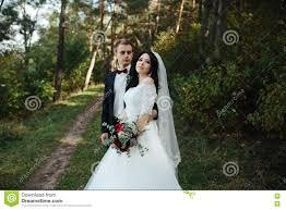 pose photo mariage pose de couples de mariage photos stock inscription gratuite
