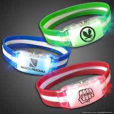 halloween light up necklaces extreme glow u0027s lighted led bracelets