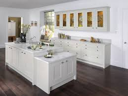 White Shaker Style Kitchen Cabinets 27 Best Shaker Kitchens Images On Pinterest Kitchen Shaker