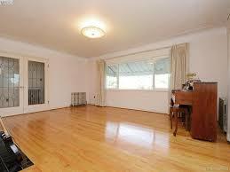 Laminate Flooring Victoria Bc Lisa Redding Re Max Camosun My Listings