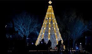 president obama first family light the 2015 national christmas