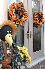scarecrow halloween decorations fall wreath and halloween decoration ideas for your front porch
