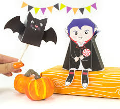 halloween treat bag craft diy lil dracula halloween treat box and bat lollipop cover
