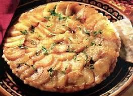 une normande en cuisine recette de tarte normande au camembert la recette facile