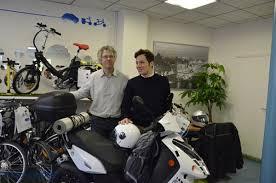 vianney bureau zero emission tour c est parti asso scooter