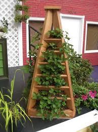 Vertical Garden Planter How To Make A Strawberry Pyramid Planter Diy Vertical Planter