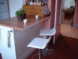 meuble plan travail cuisine le plan de travail version bar idées maison