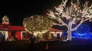 christmas house lights christmas house lights show 2014 150 000 lights