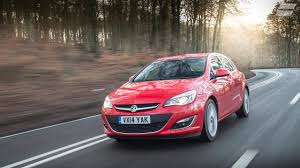 vauxhall astra hatchback 2012 review auto trader uk