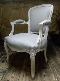 fauteuil louis xvi pas cher vendu fauteuil de style louis xv entièrement refait à l ancienne