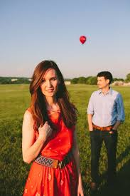 Engagement Photo Props Unique Boho Chic Engagement Photos With A Air Balloon