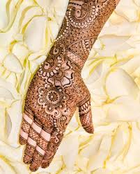 henna design on instagram 36 likes 3 comments allure allure bymeera on instagram