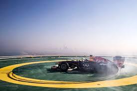 david coulthard red bull burj al arab hotel helipad 2013 f1