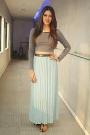 sonam bajwa favourite color husband marriage hairstyle affairs