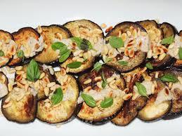 cuisine des aubergines midi cuisine aubergines grillées à la plancha pignons et sauce