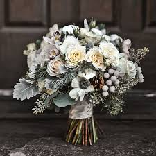 flowers for a wedding best winter wedding flowers top 10 trends for the cold season