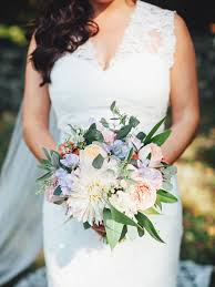 Bridal Bouquet Ideas Fall Wedding Bouquet Ideas And Which Flowers They U0027re Made With