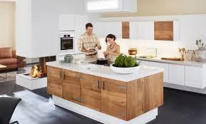 ilot central cuisine bois cuisines avec ilot central simple ferm with cuisines avec ilot