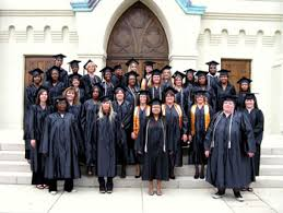 college graduation gown virginia college in pensacola holds graduation in historic church