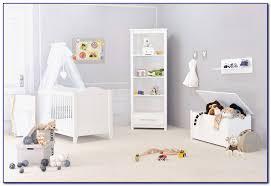 étagère chambre bébé etagere chambre bebe fille chambre idées de décoration de maison