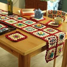 holiday table runner ideas pinterest table runners ideas about coffee table runner on christmas