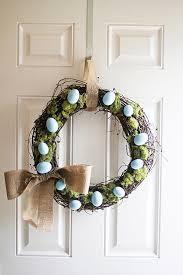 10 diy easter wreath ideas how to make a cute easter door wreath