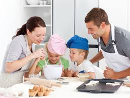 cuisiner avec ses enfants cuisinez en famille pour améliorer la relation avec ses enfants