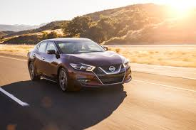 nissan maxima nismo horsepower 2017 nissan maxima gets small price bump apple carplay accessory