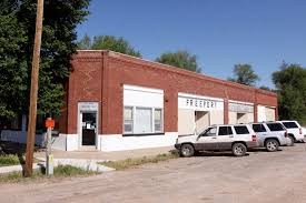 Hutch News Classifieds Fate Of Two Small Towns Undecided News The Hutchinson News