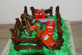 easy cars tractor tipping cake for a disney cars birthday party lightning mcqueen cake