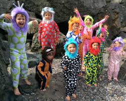 kids halloween clothes kids u0027 group halloween costume ideas popsugar moms