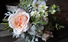 Wedding Flowers August Why You Should Choose Seasonal And English Flowers For Your Wedding