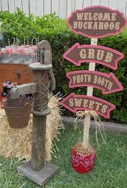 Western Style Centerpieces by 46 Best Elem F17 Wild West Book Fair Saddle Up And Read Images