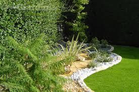 cura giardino come prendersi cura giardino a marzo guidagiardini it