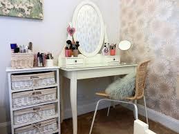 Wicker Vanity Set Corner Vanity Table Set With Mirror For Saving Space Interior