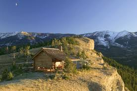 Small Cabin A Small Log Cabin Perched Cliffside In Montana Cabin Living