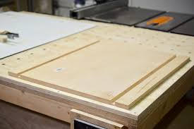 Table Saw Laminate Flooring Table Saw Crosscut Sled Make A Crosscut Sled For Your Table Saw