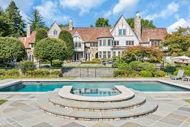 tudor style houses tudor style homes u0026 architecture luxury tudor homes sotheby u0027s