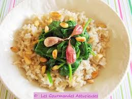 comment cuisiner des epinards les gourmandes astucieuses cuisine végétarienne bio saine et
