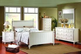 picket house furnishings henry 6 piece queen bedroom set in walnut