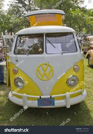 volkswagen yellow car vehicle retro waupaca wi august 25 yellow white stock photo 112097765 shutterstock