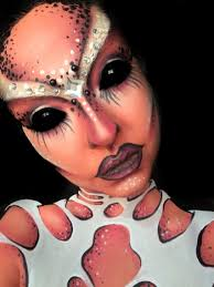 Devil Halloween Makeup Ideas by Pink Alien Makeup Halloween Win S Pinterest Alien Makeup