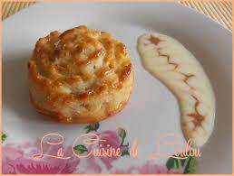 cuisine de loulou roses à la semoule et amandes fourrées caramel la cuisine de loulou